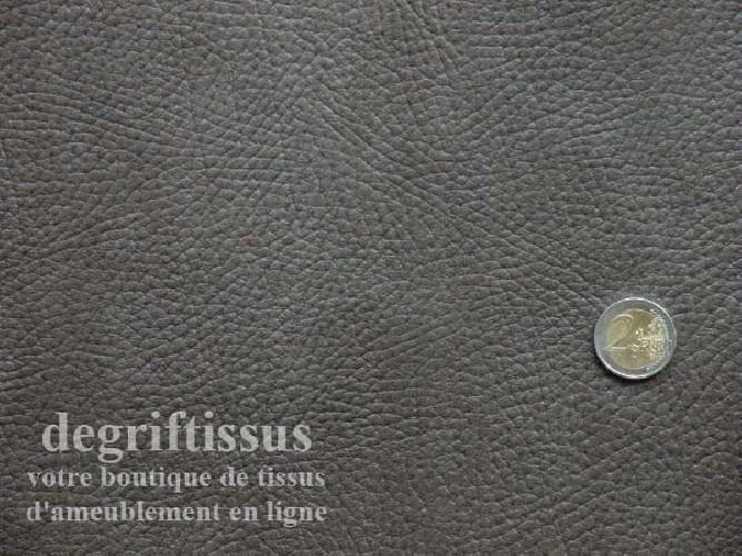 Dégriftissus vous propose ce tissu d'ameublement cuir marron bronze, imitation cuir pleine fleur épaisse, doublé polaire, souple