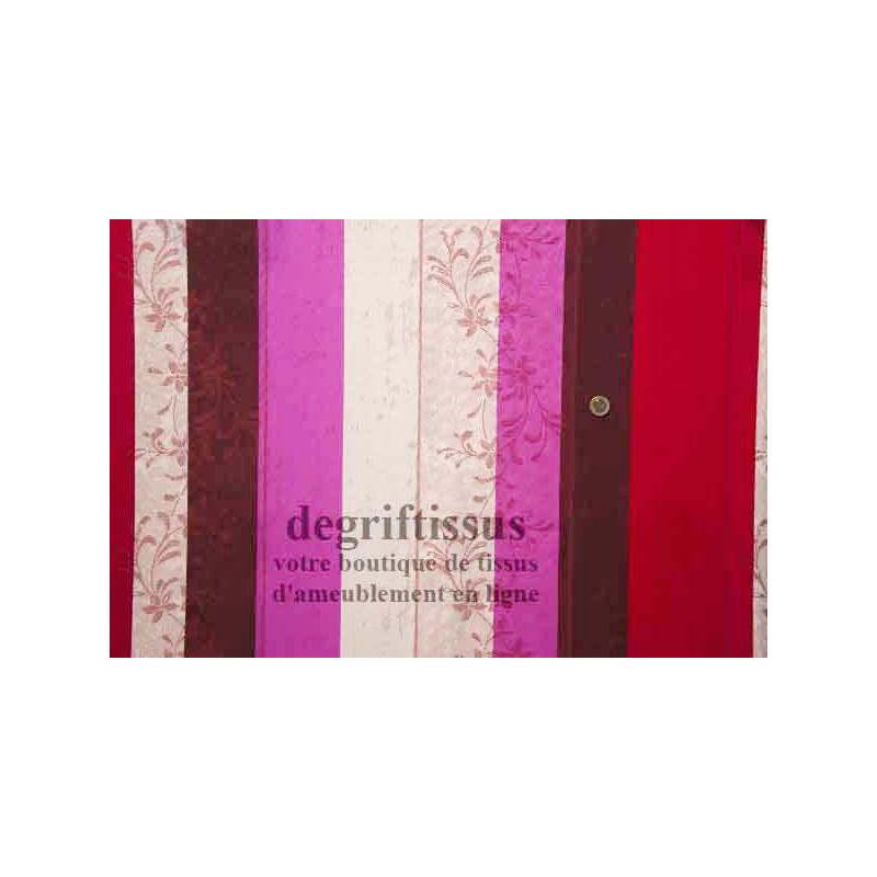 Tissu à rayures Dégrif tissus vous propose de nombreux tissus d'ameublement au mètre dont notamment de superbes pièces rayées