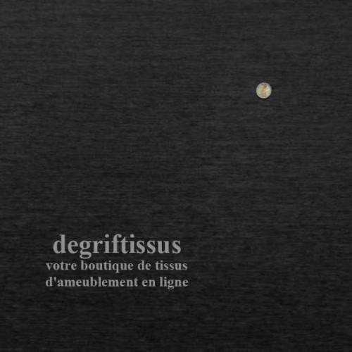 Dégriftissus vous propose ce tissu d'ameublement velours chenillé noir de belle épaisseur, doublé de latex, très résistant, avec