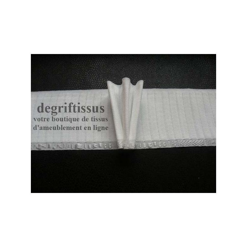 Dégriftissus vous propose cette Rufflette Tousplis Spécial 90 mm, avec agrafes, qui vous fera une belle tête de rideau, qui va t