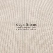 Velours côte 900 écru Dégriftissus vous propose ce tissu d'ameublement velours fine côte, pour chaises, fauteuils, tête de lit,