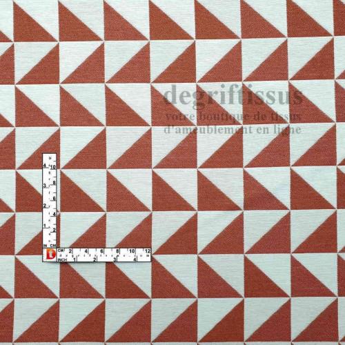 Tissus ameublement - Triangles écrus et brique - fauteuil - chaises - coussins - canapé - degriftissus.com