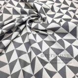 Triangles gris