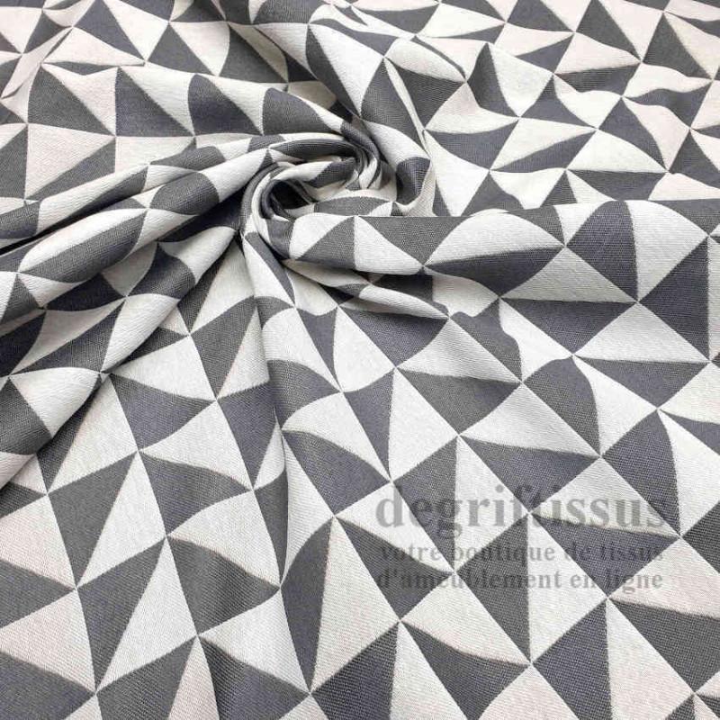 Tissu ameublement - Triangles écrus et gris - fauteuil - chaises - coussins - canapé - degriftissus.com